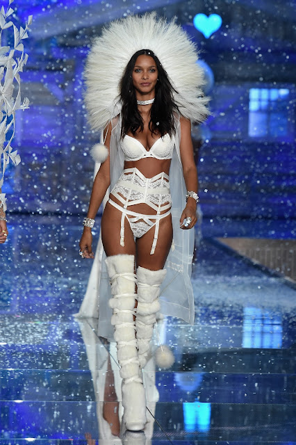 Fashion Model @ Lais Ribeiro - Victoria's Secret Fashion Show in NY