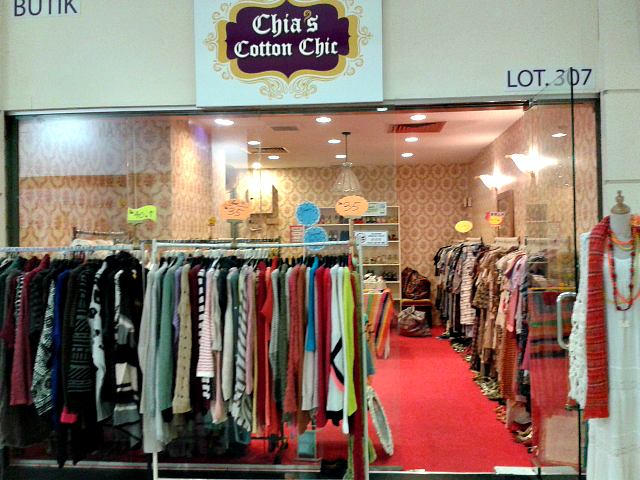 chia's cotton chic amcorp mall