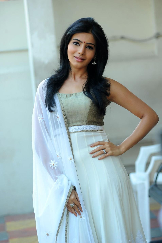 Angelic samantha in white salwar