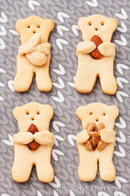 Ciasteczka misie z miodem i orzechami