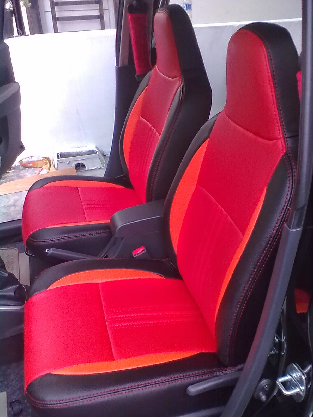 sarung jok mobil daihatsu ayla hitam merah - medan jok mobil