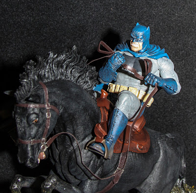 DC Collectibles Batman Black The Dark Knight Returns Frank Miller Statue