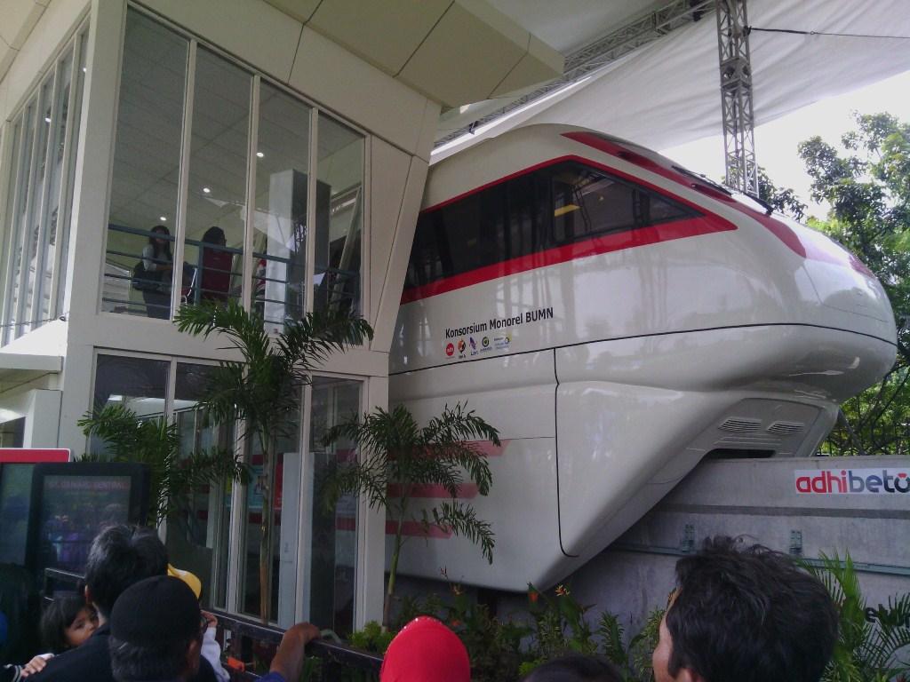monorail produk dalam negeri