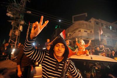 Rakyat GAZA Rayakan Kemenangan Atas Yahudi