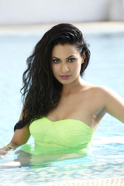 Manisha Kelkar latest photo shoot