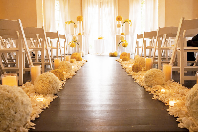 decoracao branco e amarelo:Wedding Aisle Decoration Ideas