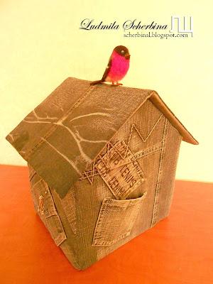 шкатулка для рукоделия домик