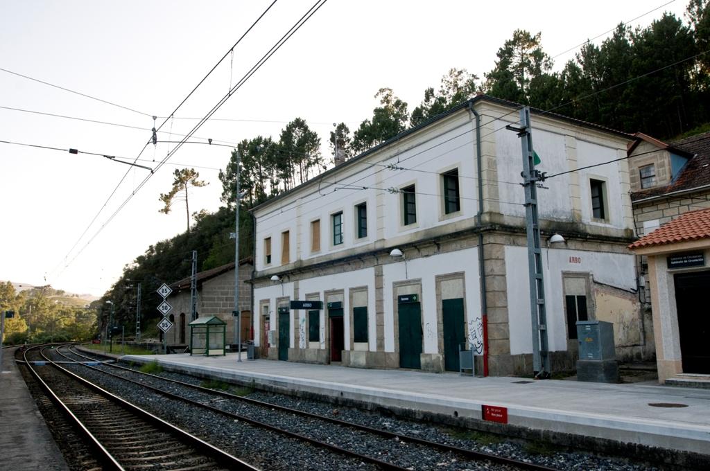 direccion estacion de trenes: