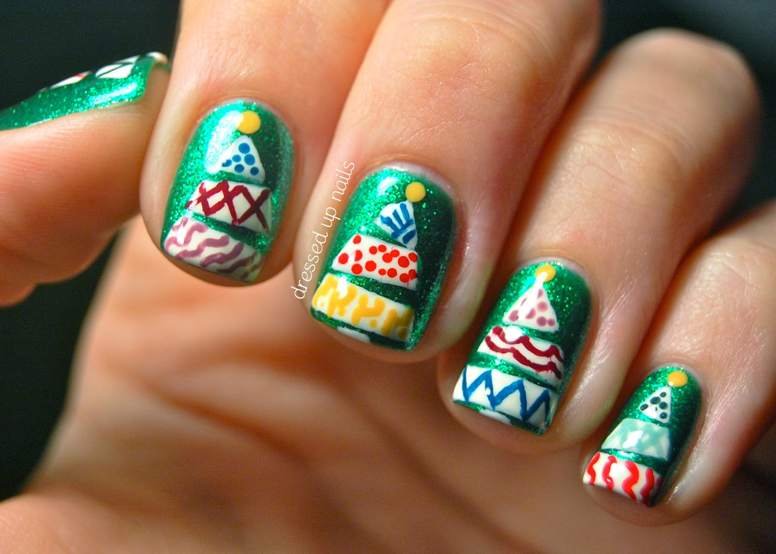 ideas products christmas tree nail art. Black Bedroom Furniture Sets. Home Design Ideas