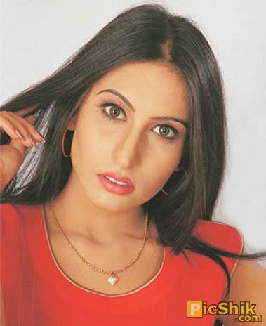 Saima Khan Pakistani Mujra Actress Hot Wallpaper