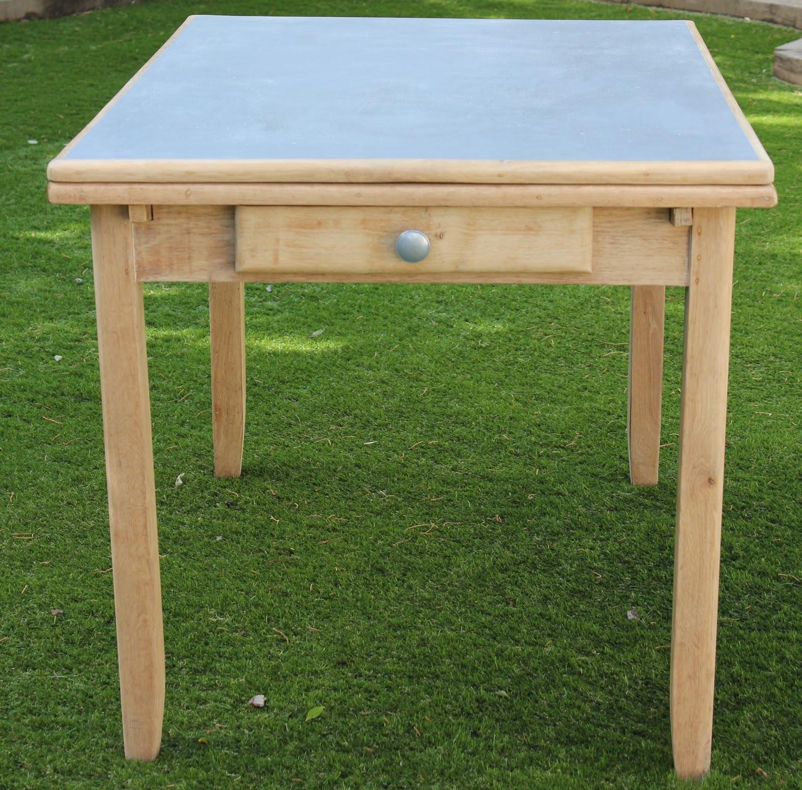 L 39 atelier des petites bauloises table bois des ann es 50 for Table de cuisine des annees 50