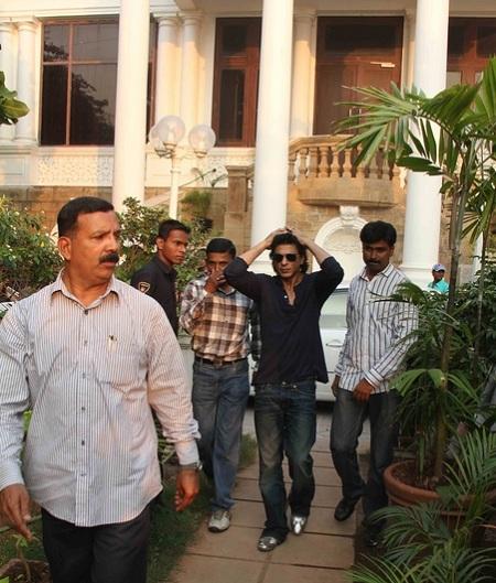 House Of Shahrukh Khan Mannat Image of Shahrukh Khan...