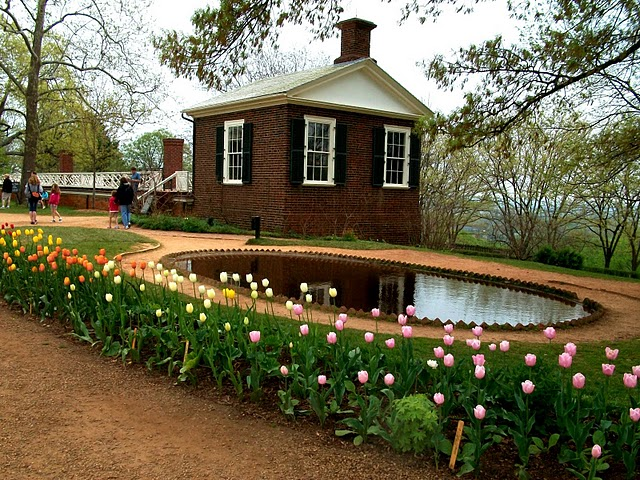 As Part Of Virginia Garden Week, We Visited Two Of The Best Known Gardens  In Charlottesville, Monticello And The UVA Academical Village.