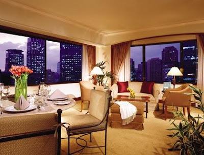 Peninsula Manila Hotel