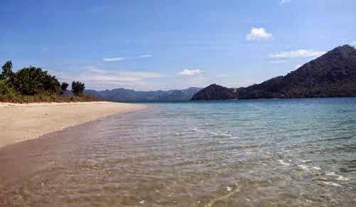 tempat wisata di lombok, objek wisata di lombok, pantai tersembunyi di lombok, pantai asri di lombok,