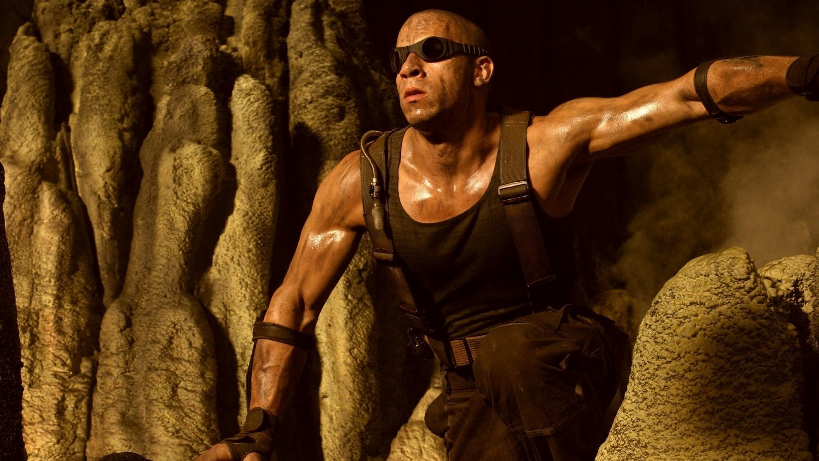 http://2.bp.blogspot.com/-ZLhcjl_-CPk/UGenHtd7wkI/AAAAAAAAE_I/Jx6cmzBVNmU/s1600/Vin-Diesel-The-Chronicles-Of-Riddick-Wallpapers.jpg