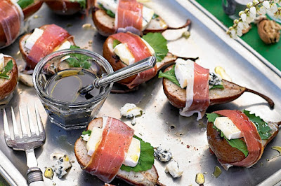 Prosciutto-wrapped roast pear with brie & blue cheese Recipe