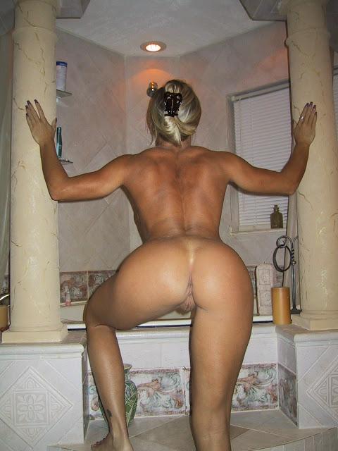 Nude Amateur Cougar Milf