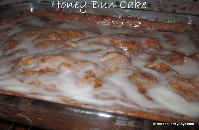 Homemade Honey Bun Cake Recipe