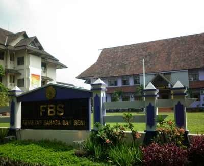 Fakultas Bahasa dan Seni FBS Unnes