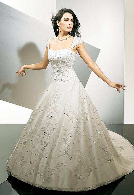 Wedding Gown Design Ideas : Fashion world latest wedding gowns dresses designs