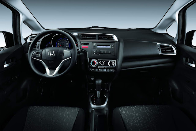 Honda FIT 2016 - interior