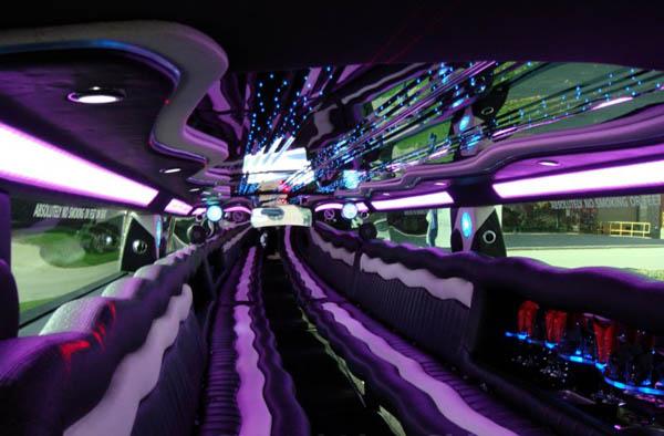zulvi cars limozin car. Black Bedroom Furniture Sets. Home Design Ideas