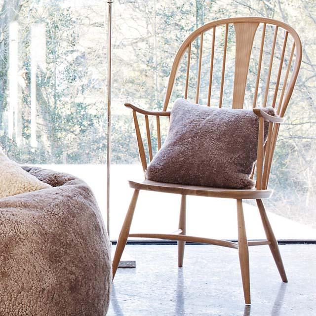 sillas vintage antiguas de los 50s windsor ercor con brazos-madera natural