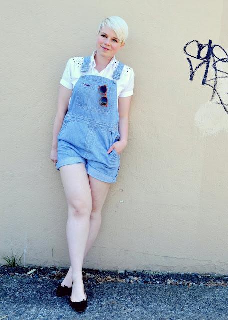 summer style, shorts, denim, GAP, in style, fashion, blonde, fleur d'elise, trendy, vintage