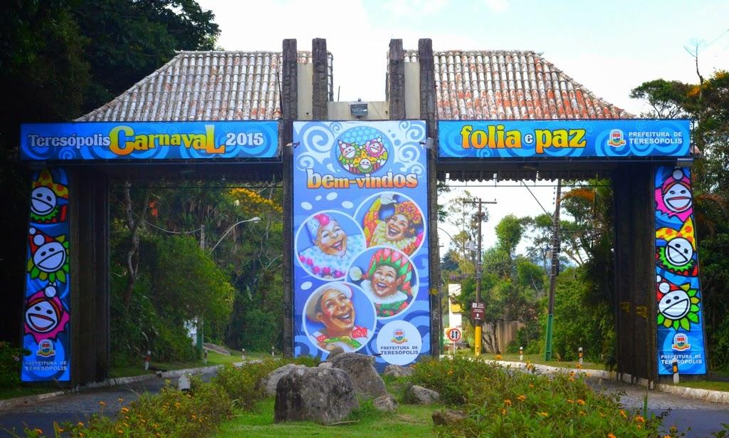 Portal de entrada de Teresópolis já está decorado para a folia