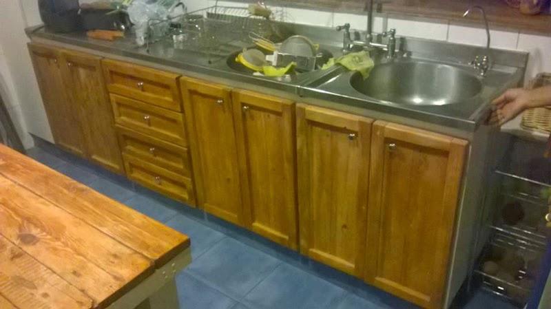 Mueblesdepalets.net: Restaurado de muebles de cocina con tablas de ...