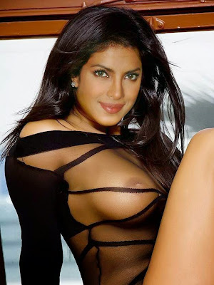 Sexy Priyanka Chopra nipple seen Fake