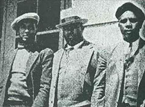 1930 s crime essays