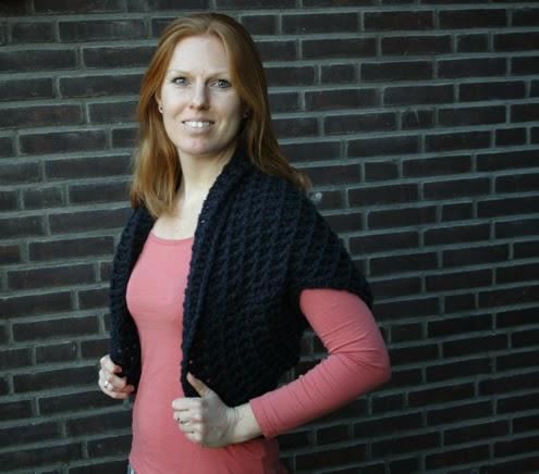 Free crochet pattern: shrug | Happy in Red