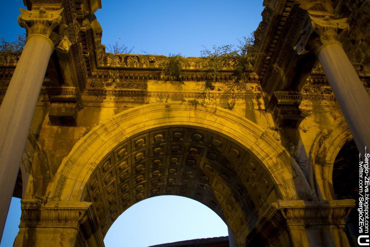 Hadrian's Gate, Анталья, Турция, Старый Город, Калеичи, Antalya, Turkey, Old Town, Kaleici,