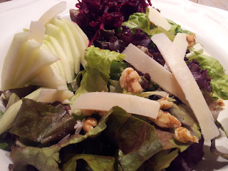 מתכון אוכל טוב לסלט יווני עם פרמז'ן