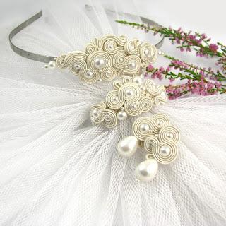 komplet ślubny sutasz ecru z perłami