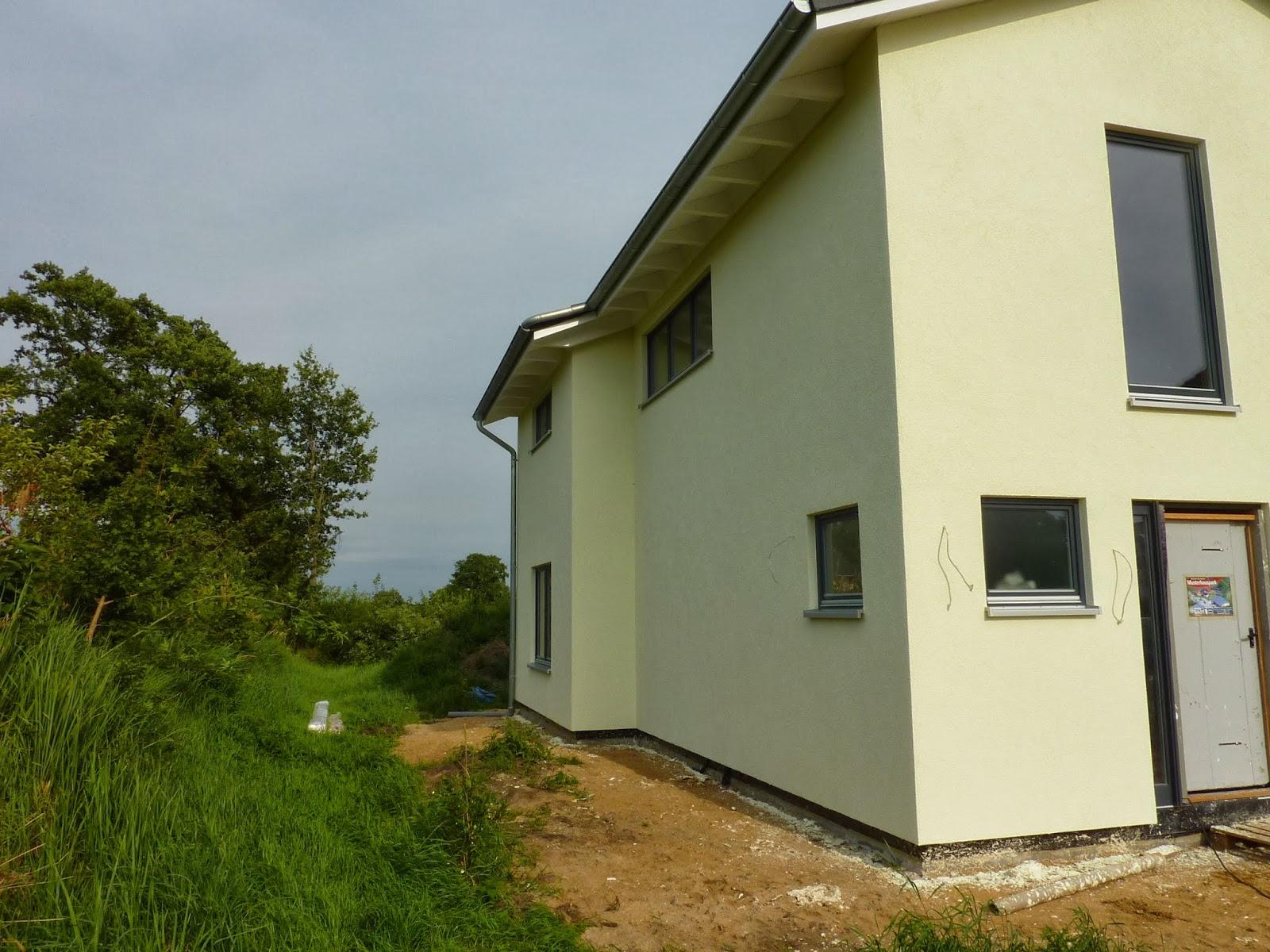 Fassadenfarbe grüntöne  Unser Eichhörnchen-Haus: Fassade fertig! Juhu!