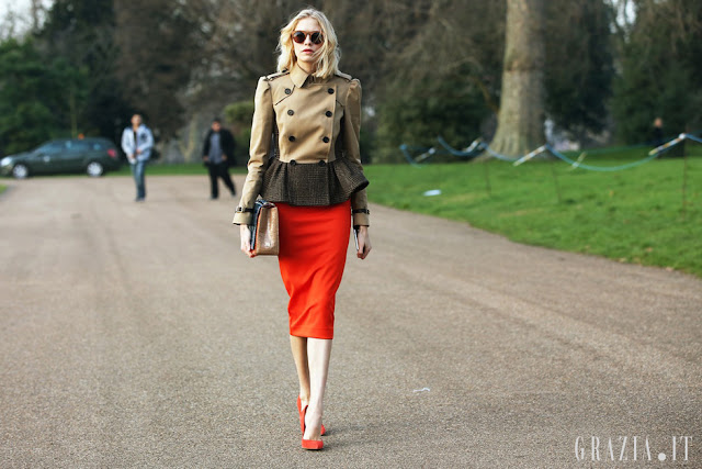 london fashion week streetstyle look, burberry trench, peplum, diy, fashion diy,