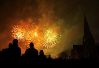 Noche de fuegos artificiales en Londres1