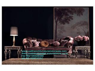 Sofa ukir jepara,Sofa tamu ukir jepara,Sofa tamu classic ukiran jepara,Sofa tamu set ukir jati klasik cat duco antik mebel jepara SFTM-22028 sofa klasik ukir asli jepara