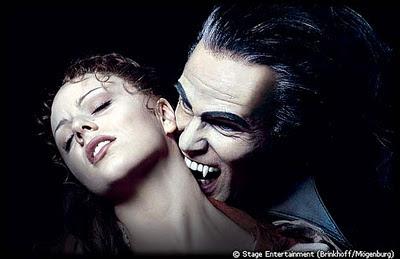 http://2.bp.blogspot.com/-ZNuH5shUgNE/TtkTN6tVroI/AAAAAAAAAUw/VuDpGZ3adeM/s1600/vampiro+vlad.jpg