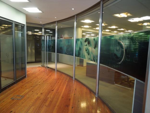 Agencia wtc vinil transparente en vidrio - Disenos de vinilos ...