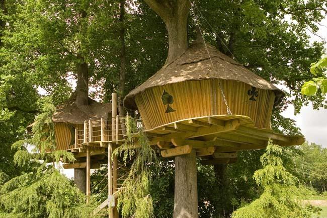 le cocon de paulo la cabane en l 39 air pour une nuit insolite. Black Bedroom Furniture Sets. Home Design Ideas