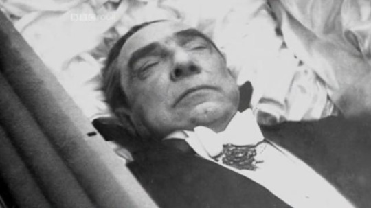 The actor Bela Lugosi who famously played Dracula asked to be dressed in his vampire attire for his open casket funeral
