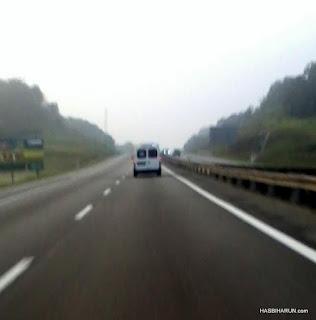 Speed limit ambulans atas jalanraya