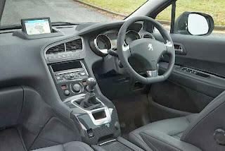 New-Peugeot-5008-Picture-interior