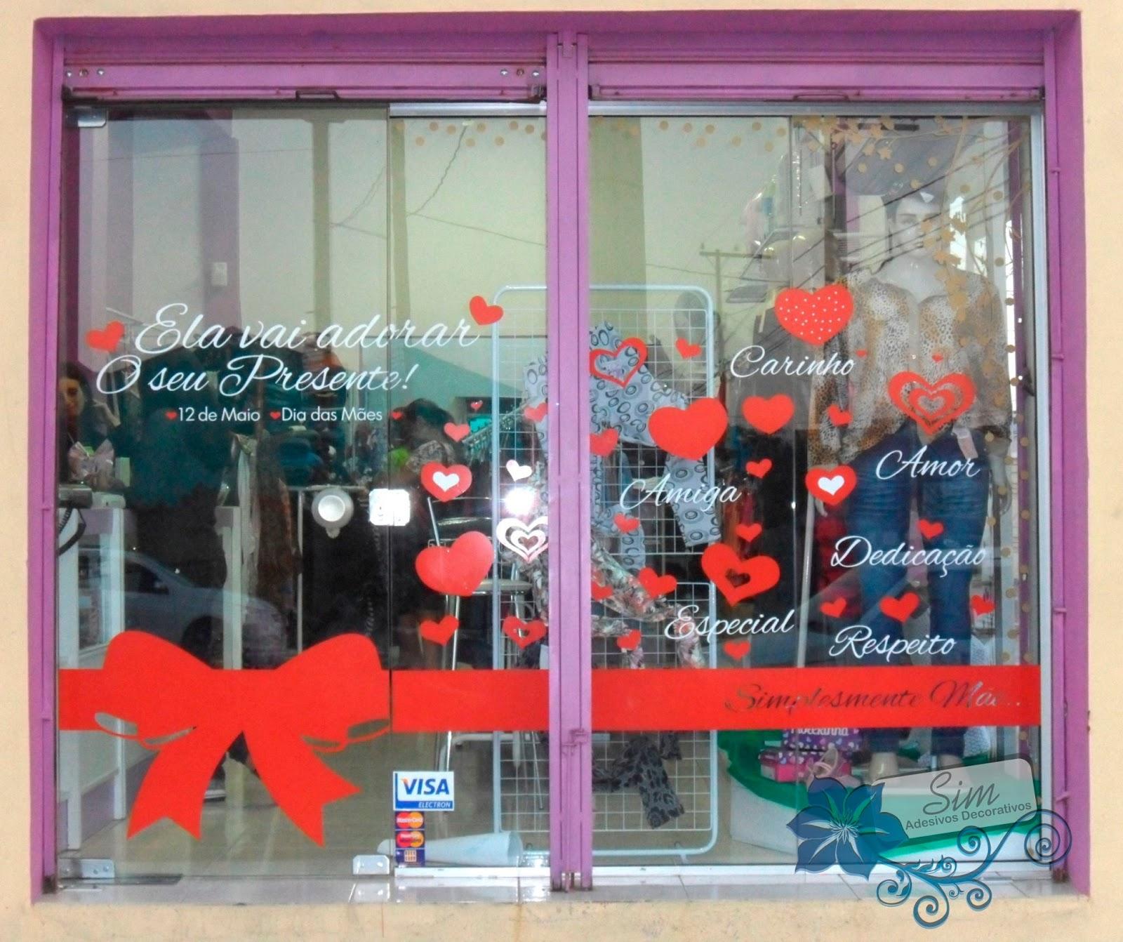 Sim adesivos Decore a vitrine de sua loja para o Dia das M u00e3es!
