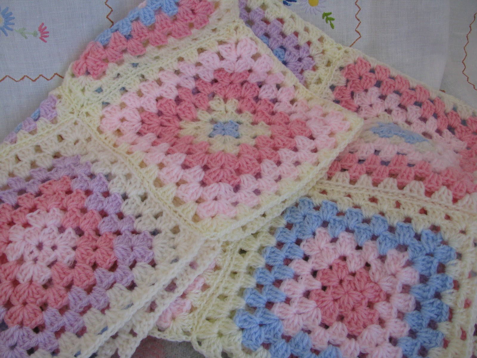Crocheting Baby Blanket : Shortbread & Ginger: Crochet Baby Blanket