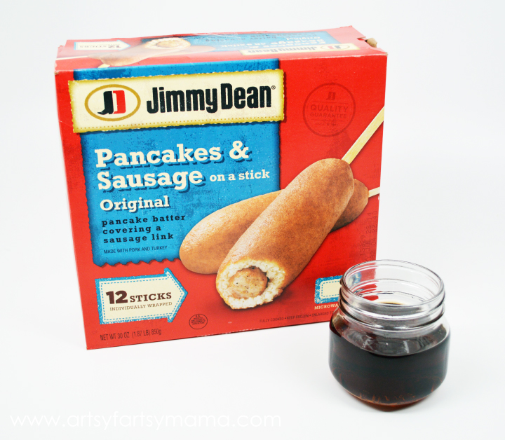 JImmy Dean Pancakes & Sausage on a Stick with Homemade Maple Syrup at artsyfartsymama.com #PMedia #onthego